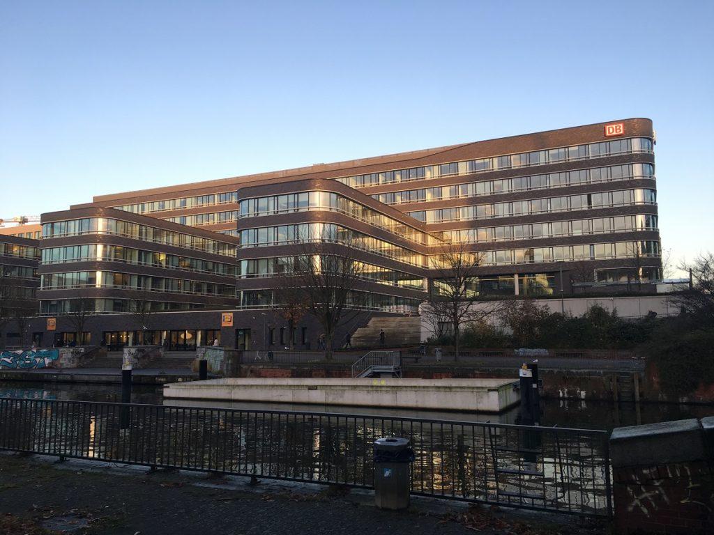 Deutsche Bahn Büroimmobilie Hamburg City Süd 01
